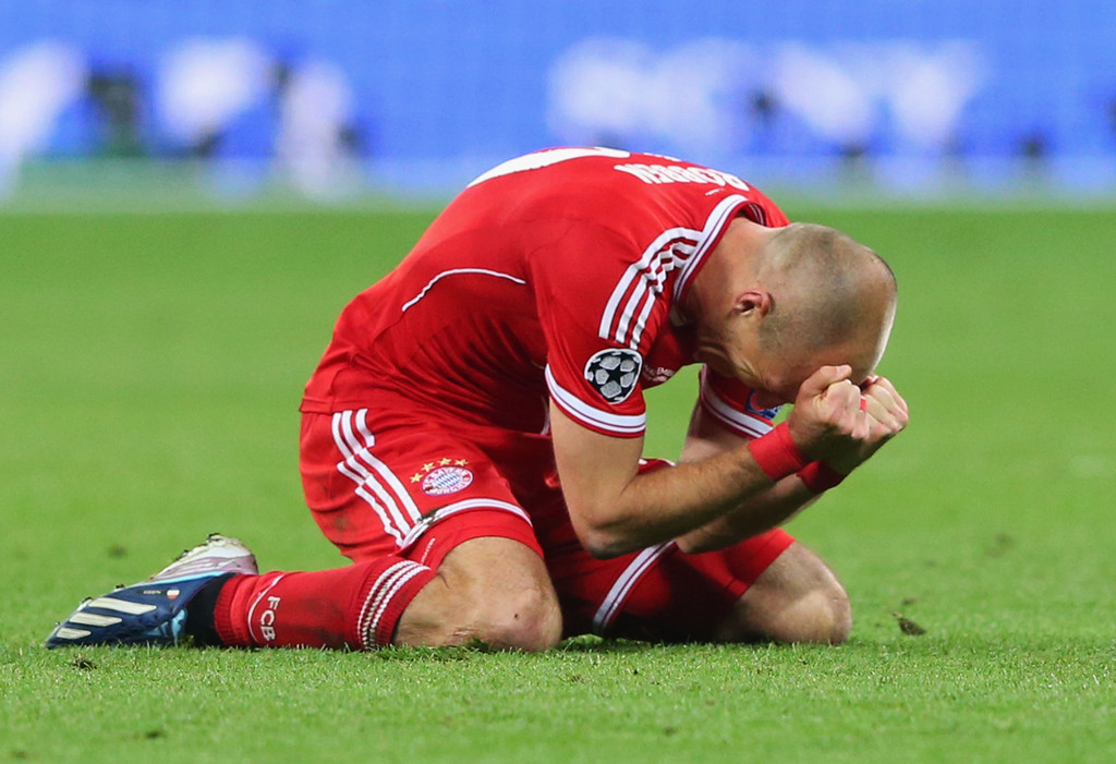 Through every drop of sweat, tear and blood, through all the enormous pressure, pain and struggle that comes with being a professional footballer, Arjen Robben had the shining moment of his career yesterday scoring that winning goal. Great player and great things happen to people who persist and be patient. Respect to him.
